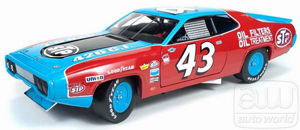 Auto World Richard Petty's 1972 Road Runner 1:18-scale Die-Cast