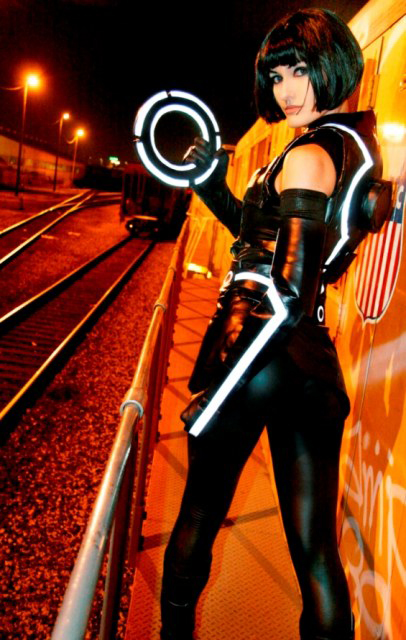 Tron Legacy Quorra Cosplay by Annissë